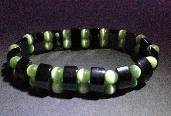 Hematite & Green Cats Eyes Stretch Bracelet